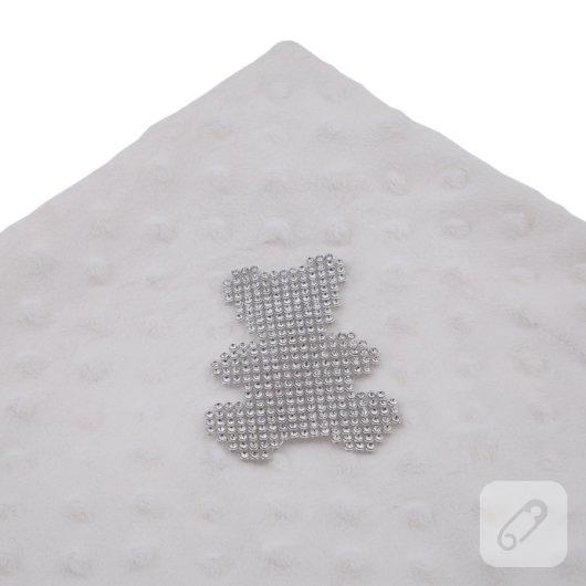 kristal-tasli-desenler-utu-ile-kiyafetlere-nasil-uykulanir-21