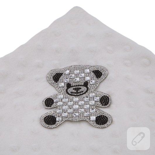 kristal-tasli-desenler-utu-ile-kiyafetlere-nasil-uykulanir-6