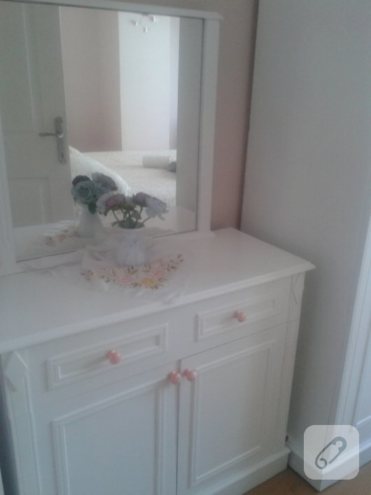 mobilya-boyama-polisan-ile-yatak-odasi-takimi-yenileme-5
