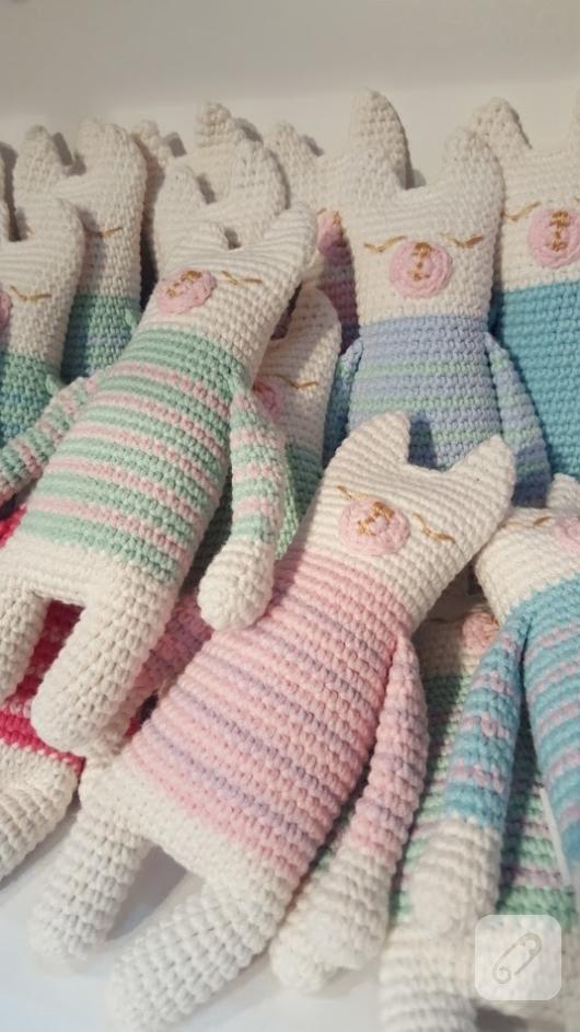 amigurumi-kedi-oyuncaklar