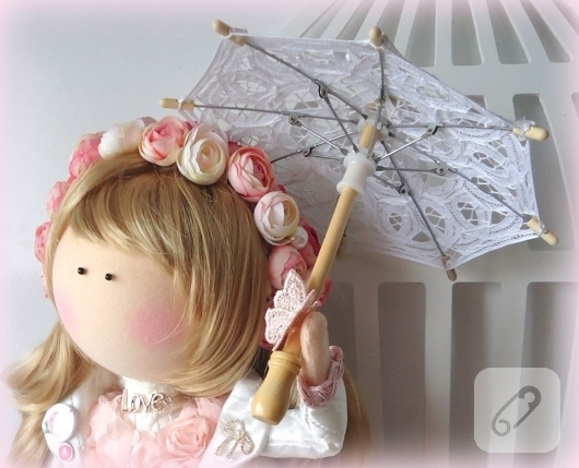 dantel-elbiseli-tilda-bez-bebek-modelleri-7