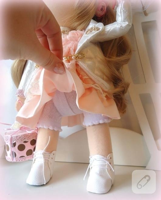 dantel-elbiseli-tilda-bez-bebek-modelleri-9