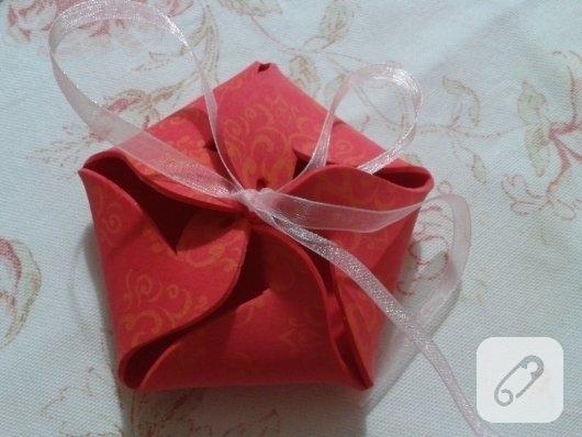 evadan-hediye-paketi-yapimi-anlatimli