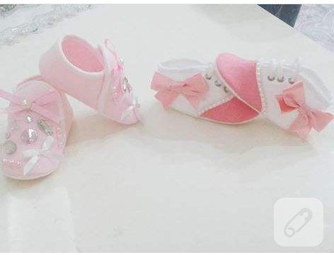 inci-ve-kurdele-suslemeli-bebek-ayakkabilari-3