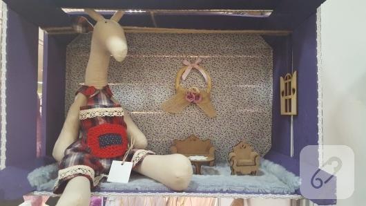 tilda-geyik-ve-oyuncak-evi