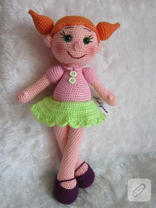 amigurumi-turuncu-sacli-oyuncak-bebek-modelleri-6