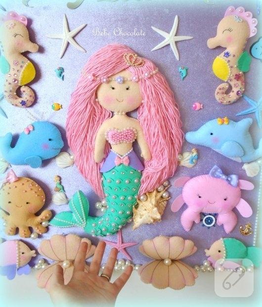 keceden-pembe-sacli-deniz-kizi-suslemeli-kiz-bebek-odasi-kapi-susu-modeli-3