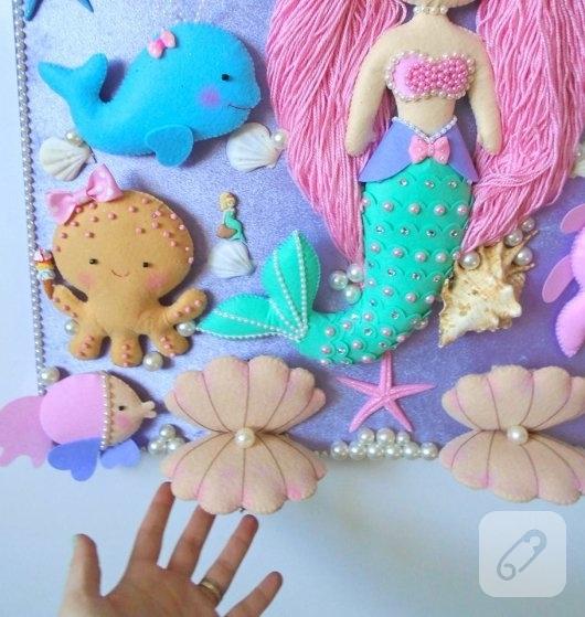 keceden-pembe-sacli-deniz-kizi-suslemeli-kiz-bebek-odasi-kapi-susu-modeli-4