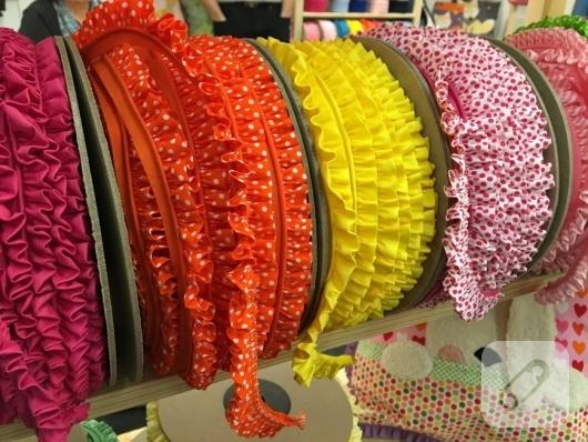 firfirli-renkli-kurdeleler