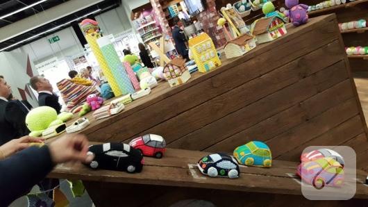 orgu-oyuncak-arabalar