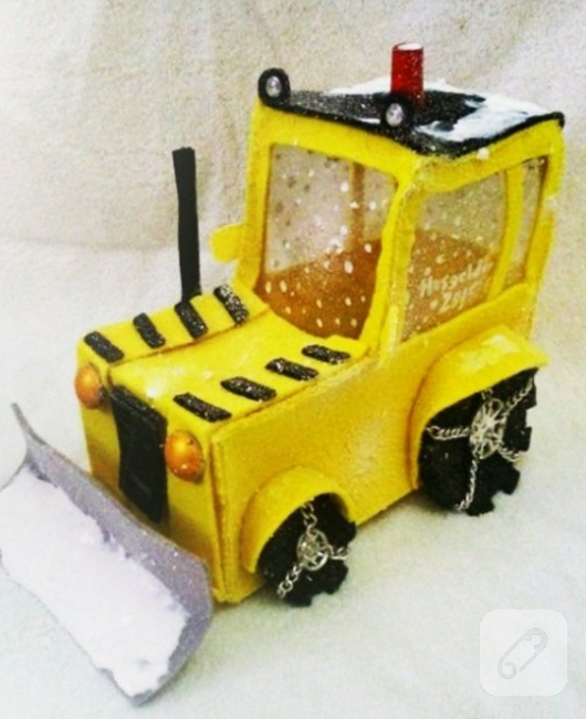 kece-oyuncak-arabalar-sari-kar-kureme-araci