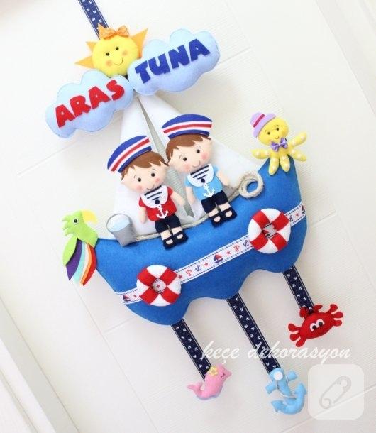 keceden-denizci-temali-ikiz-bebek-odasi-kapi-susleri