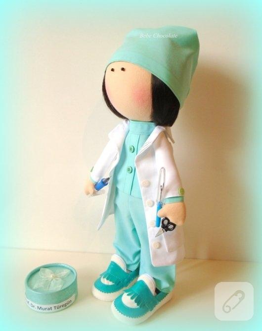 tilda-bebek-kumas-doktor-oyuncaklari-12