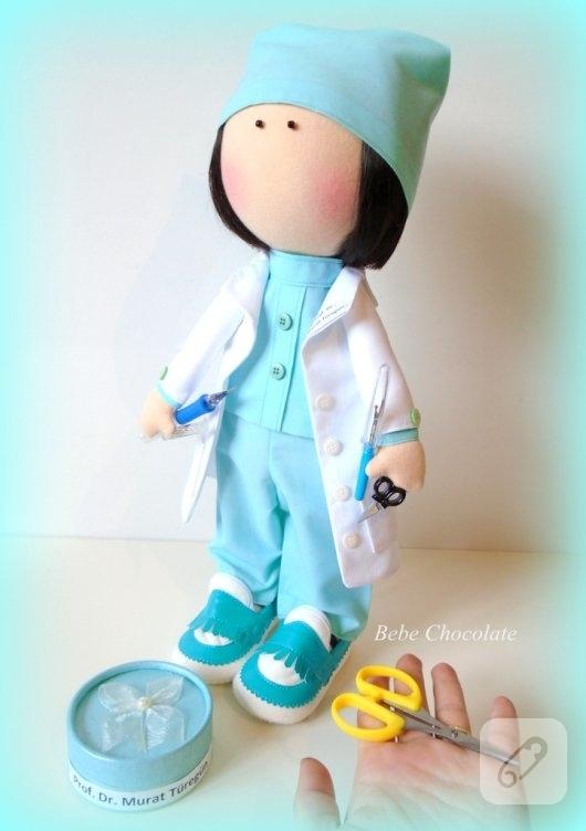 tilda-bebek-kumas-doktor-oyuncaklari-4