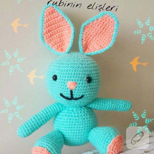 amigurumi-orgu-oyuncak-bebek-14