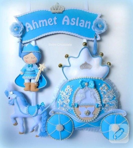 mavi-erkek-bebek-kapi-susleri