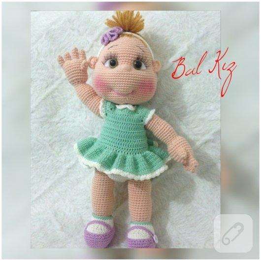 amigurumi-oyuncak-el-orgusu-bebekler