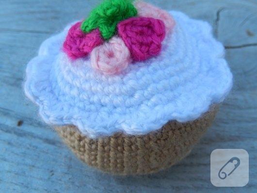 Seyhan içinde, ikinci el satılık Amigurumi Cupcake Bonnie bebek ... | 398x530