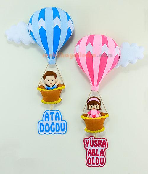 Ata ve Yüsra kardeşler sıcak hava balonlu bebek kapı süsü