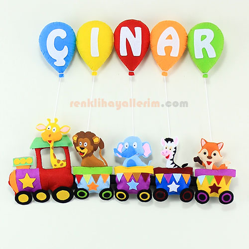 Çınar isimli trenli bebek kapı süsü