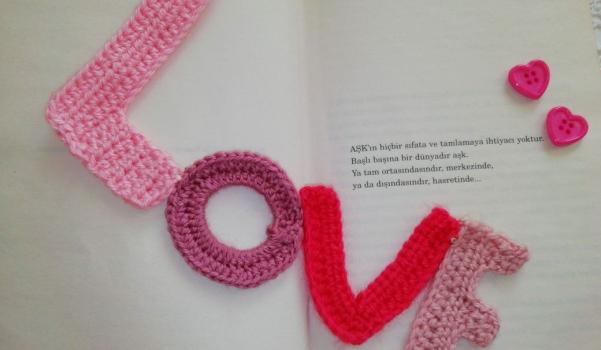 Video: Aşk yazılı örgü kitap ayracı yapımı