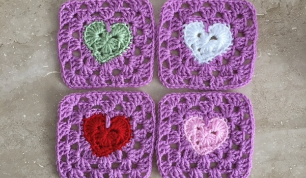 Video: Kalpli motif yapılışı – örgü