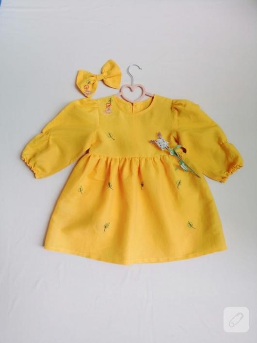 Sarı kız çocuk elbisesi