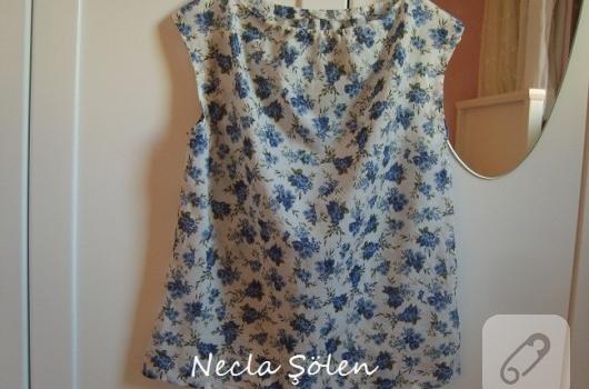 Mavi çiçekli bluz