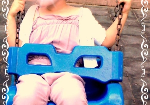 Pratik çocuk tulumu dikimi