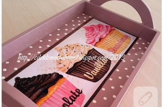 cupcake-desenli-tepsi