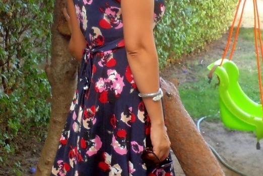 cicekli-elbise