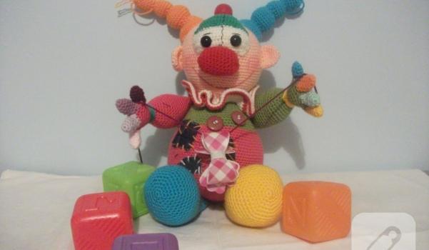 amigurumi-oyuncaklar-palyaco