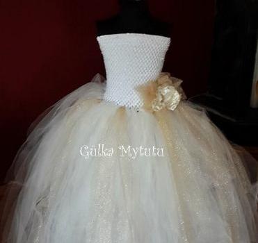 beyaz-tutu-elbise