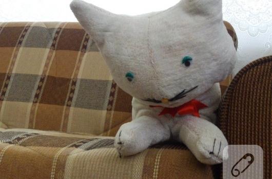 eskileri-degerlendirme-oyuncak-kedi