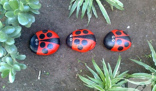 tas-boyama-ornekleri