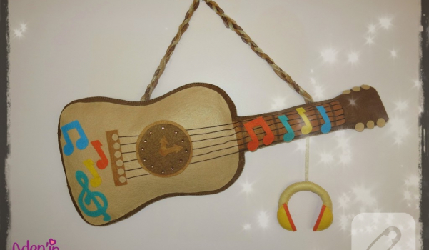 kece-gitar-duvar-susu