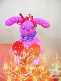 pembe-amigurumi-orgu-oyuncak-tavsan