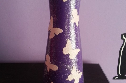 cam-boyama-kelebek-dekupajli-vazo