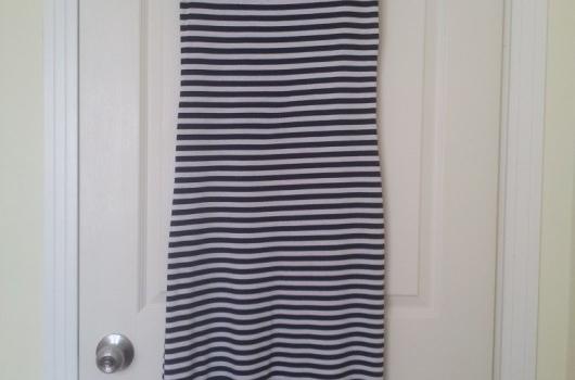 uzun-yazlik-cizgili-elbise