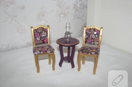 minyatur-sandalye