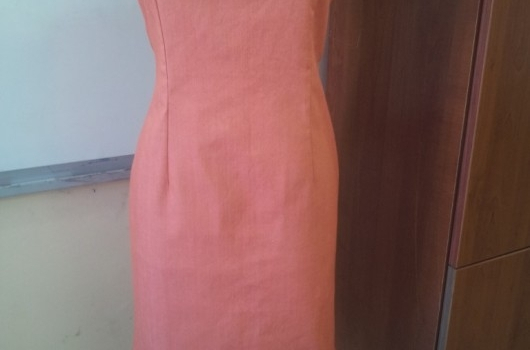 sandik-yaka-turuncu-kot-elbise-modeli
