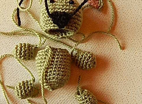 amigurumi-oyuncak-koala-nasil-orulur-9