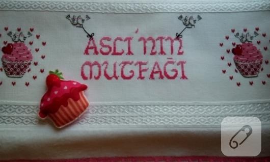 kanavice-cupcake-islemeli-havlu-modelleri
