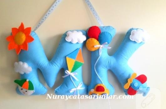 ece-harfkli-bebek-odasi-kapi-susu-ornekleri