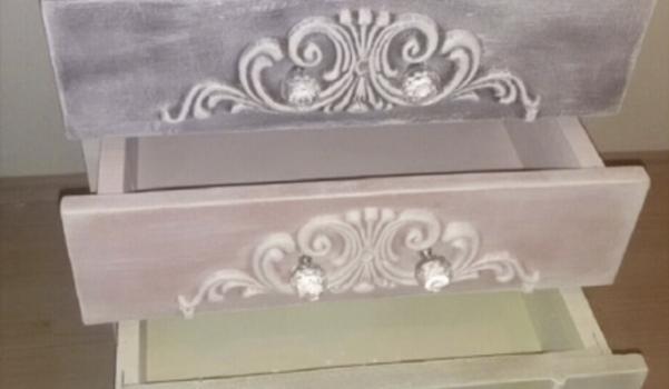 mobilya-boyama-komodin-yenileme