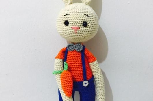 amigurumi-erkek-tavsan-orgu-oyuncaklar