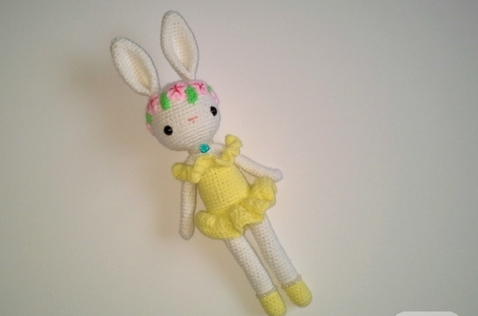 amigurumi-orgu-tavsan-oyuncaklar