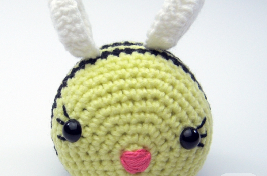 amigurumi-ari-orgu-oyuncaklar