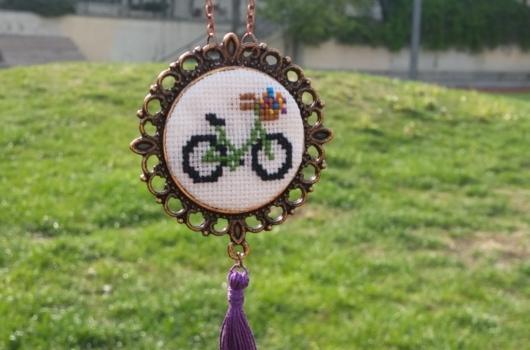 kanavice-bisiklet-islemeli-kolye-modelleri