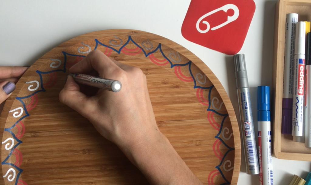 Video: edding'le ahşap kase nasıl boyanır?